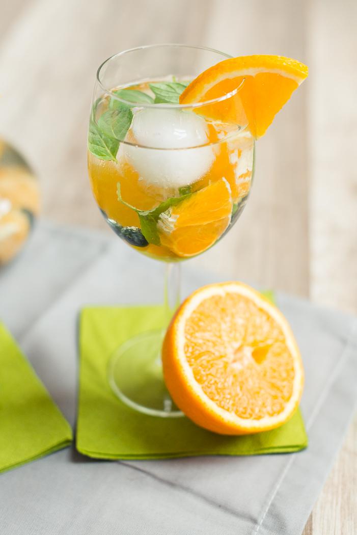 Infused-water-gesund-healthy-wasser-mit-geschmack-obst-gemüse-orange