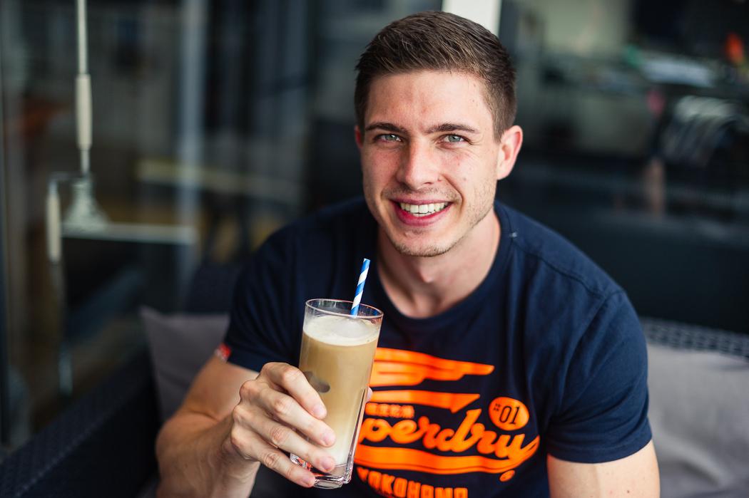 fitnessblog-fitnessblogger-fitness-blog-blogger-stuttgart-dreamteamfitness-protein-eiskaffee