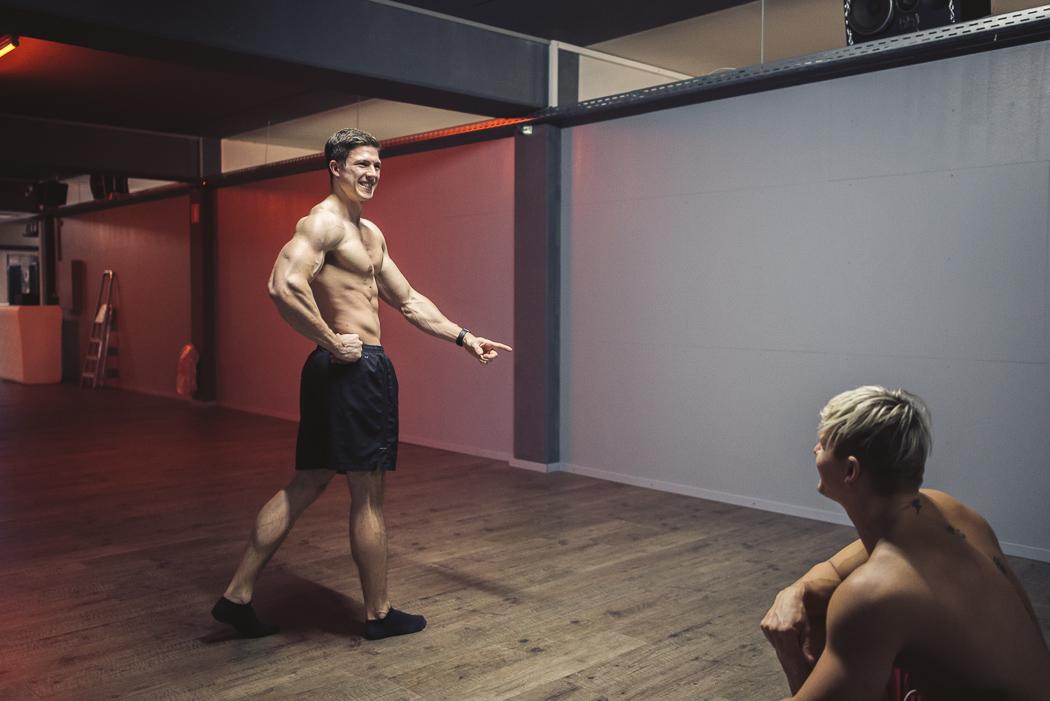 Wettkampfdiät-dreamteamfitness-posing-mens-physique-wettkampftagebuch