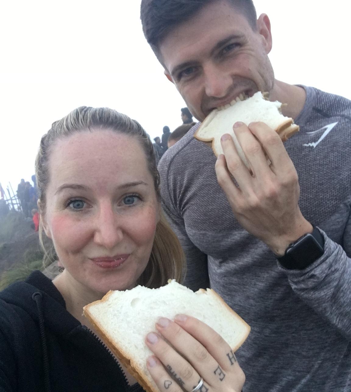 fitnessblog-fitnessblogger-fitness-blog-blogger-stuttgart-dreamteamfitness-sonnenaufgang-vulkan-mount-batur-bali
