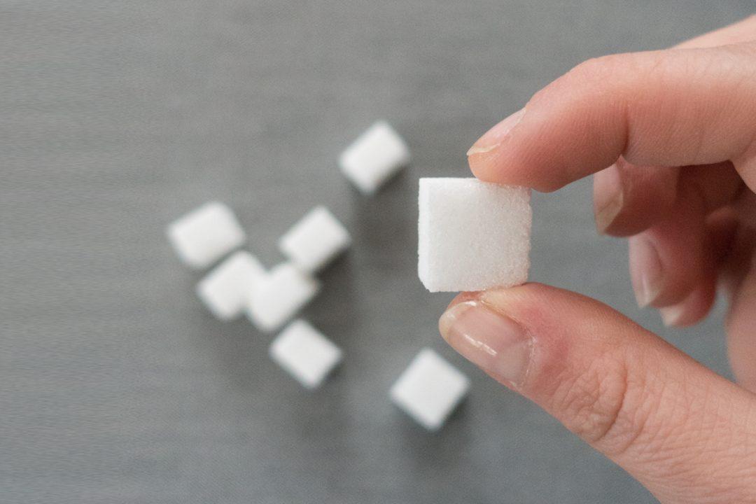zuckerfrei-projekt-gesundheit-zucker-zitat-dreamteamfitness-getränke-würfelzucker-wie-viel-zucker-steckt-drin