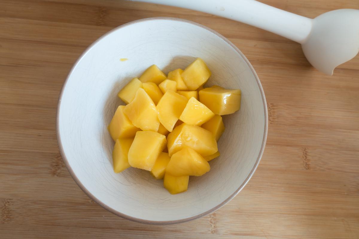 fitnessblog-fitnessblogger-fitness-blog-blogger-stuttgart-dreamteamfitness-gesunder-protein-joghurt-mit-mango