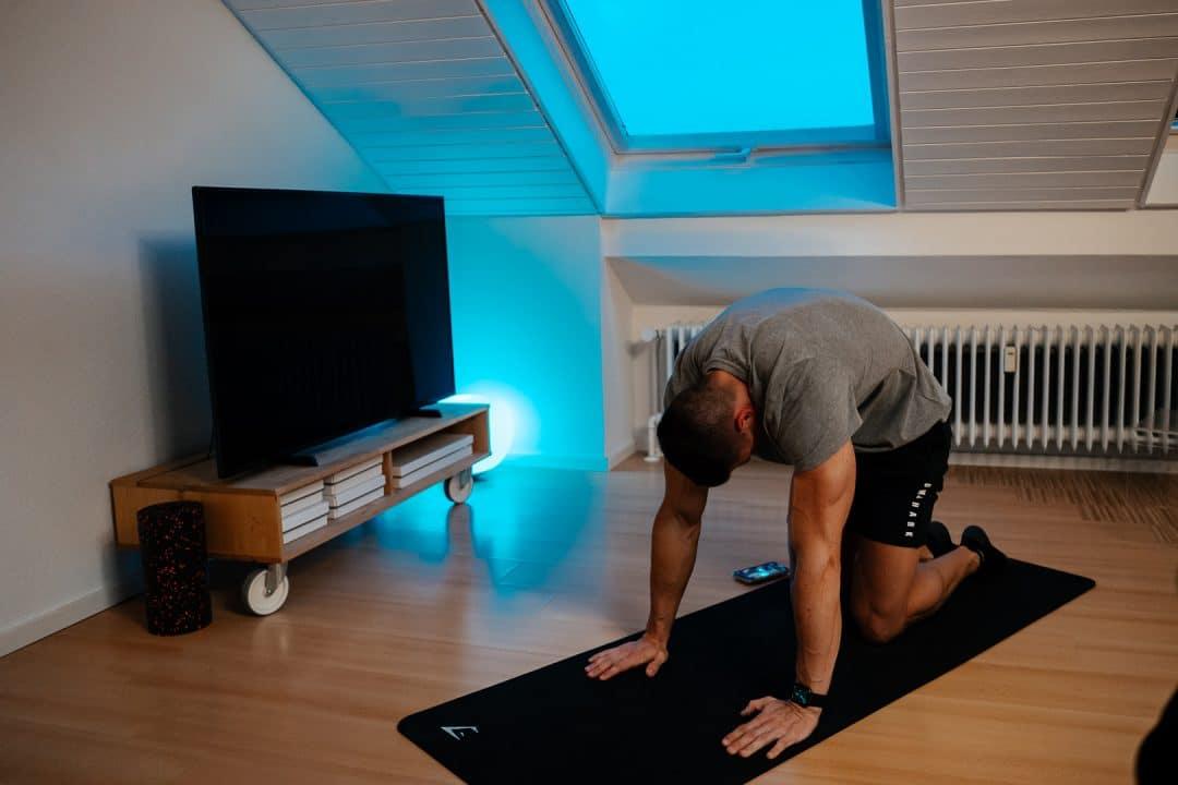 Philips hue, smarte wohung, update, buntes licht, led licht, mobility, dehnen, Rückenschmerzen, home workout