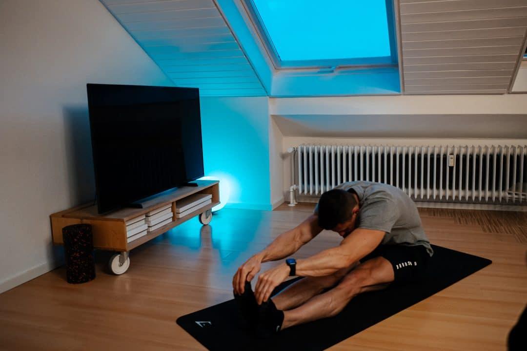 smarte wohung, update, buntes licht, led licht, mobility, dehnen, Rückenschmerzen, home workout
